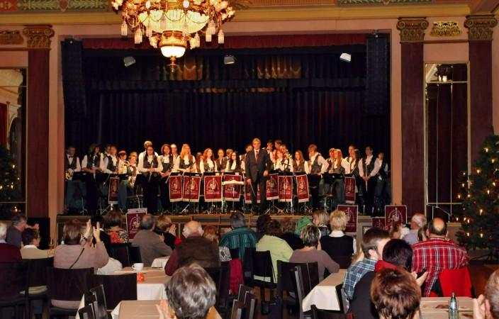 Musikverein gibt Weihnachtskonzert im Stollberger Bürgergarten
