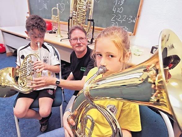 Musikverein Lichtenstein im Stadtteil Rödlitz angekommen